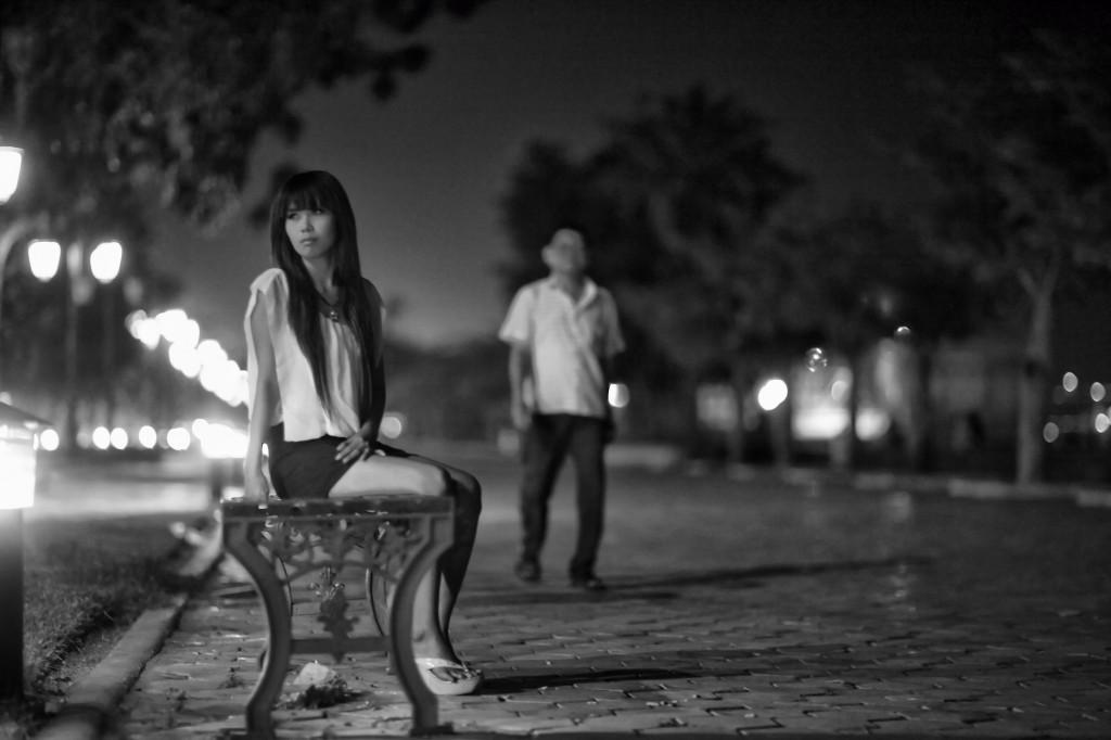 Workling on the Phnom Penh riverside.